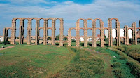 http://www.rtve.es/alacarta/videos/ingenieria-romana/ingenieria-romana-acueductos-1/3333455/