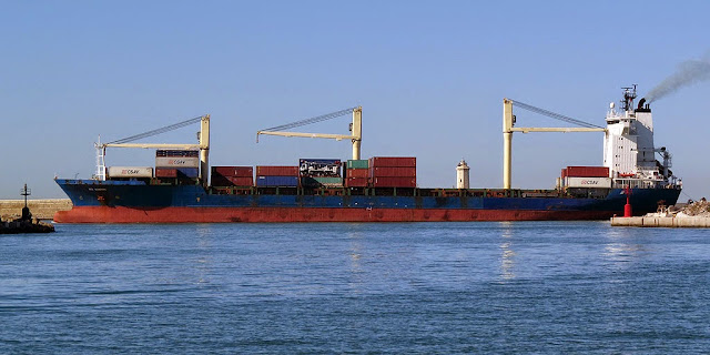 Rita Schepers container ship, IMO 9134622, port of Livorno