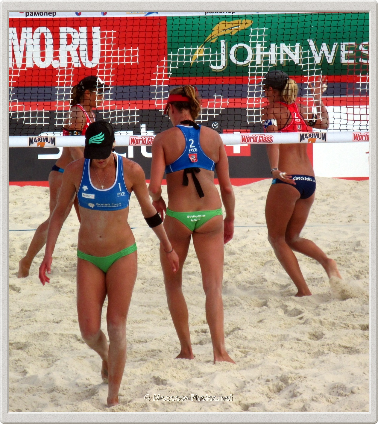 USA Beach Volleyball Players Brittany Hochevar & Lisa Rutledge