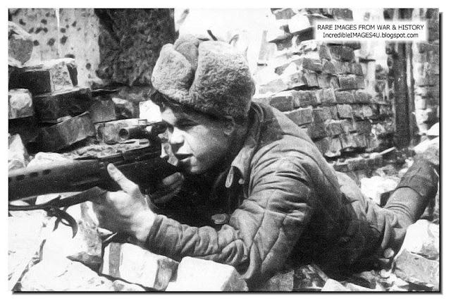 http://2.bp.blogspot.com/-aVYuI-47iWM/Tl8oSf7prWI/AAAAAAAAHCA/4GJNVk_BJV4/s640/soviet-sniper-stalingrad-ww2.jpg
