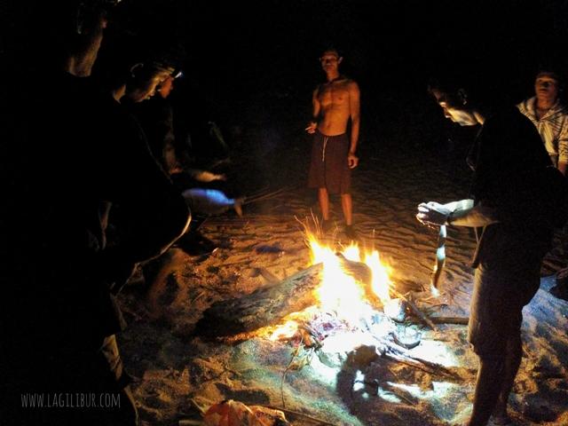 Api Unggun di Pantai Torohudan Gunungkidul DIY