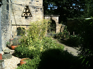 life on pig row, shibden hall, gardening