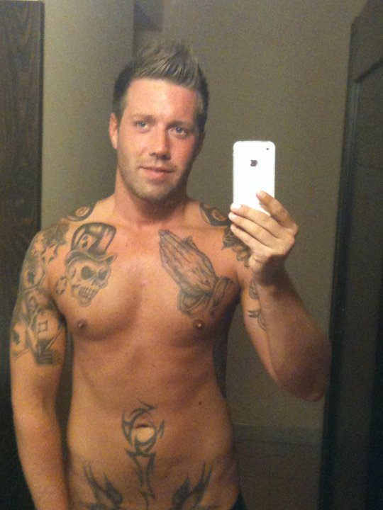 Dating sites for guys with tattoos