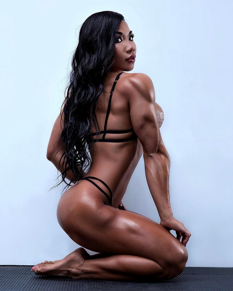 Tina Nguyen: youngest female pro bodybuilders today and in