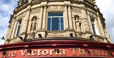 Victoria Theatre in Colonial District