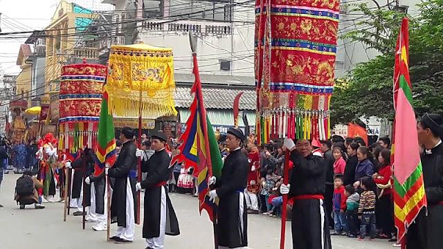 Trieu Khuc village festival 1