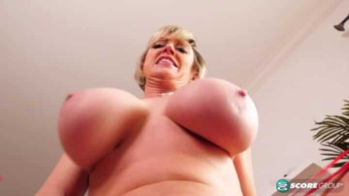 Dee Williams in Dirty Mouth Call Dee Williams - Porn Mega Load