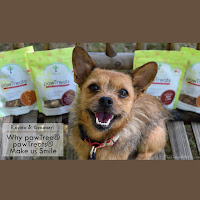 Review & Giveaway: Why pawTree® pawTreats Make us Smile