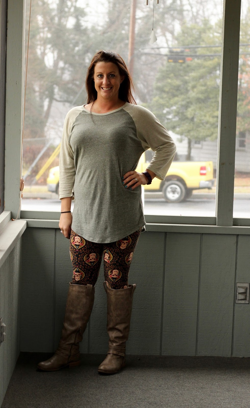 lularoe chihuahua leggings ask away blog outfit of the day relaxed and casual with 5066