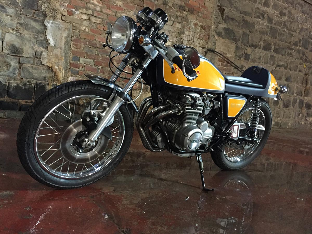 Honda CB400F Custom Cafe racer