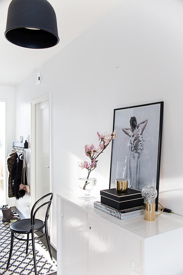 eteinen, ton-tuoli, magnolia, lee broom crystal bulb valaisin