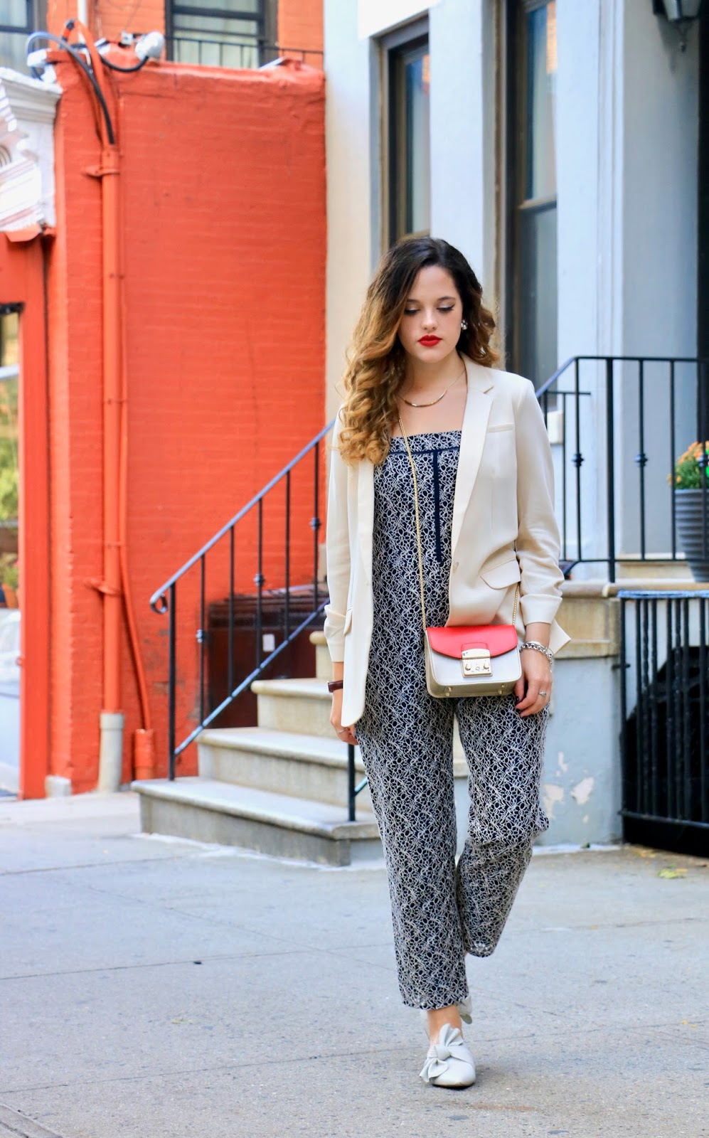 NYC fashion blogger Kathleen Harper wearing a Banana Republic jumpsuit