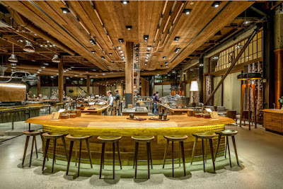 Découvrez le formidable magasin-atelier de Starbucks à Seattle
