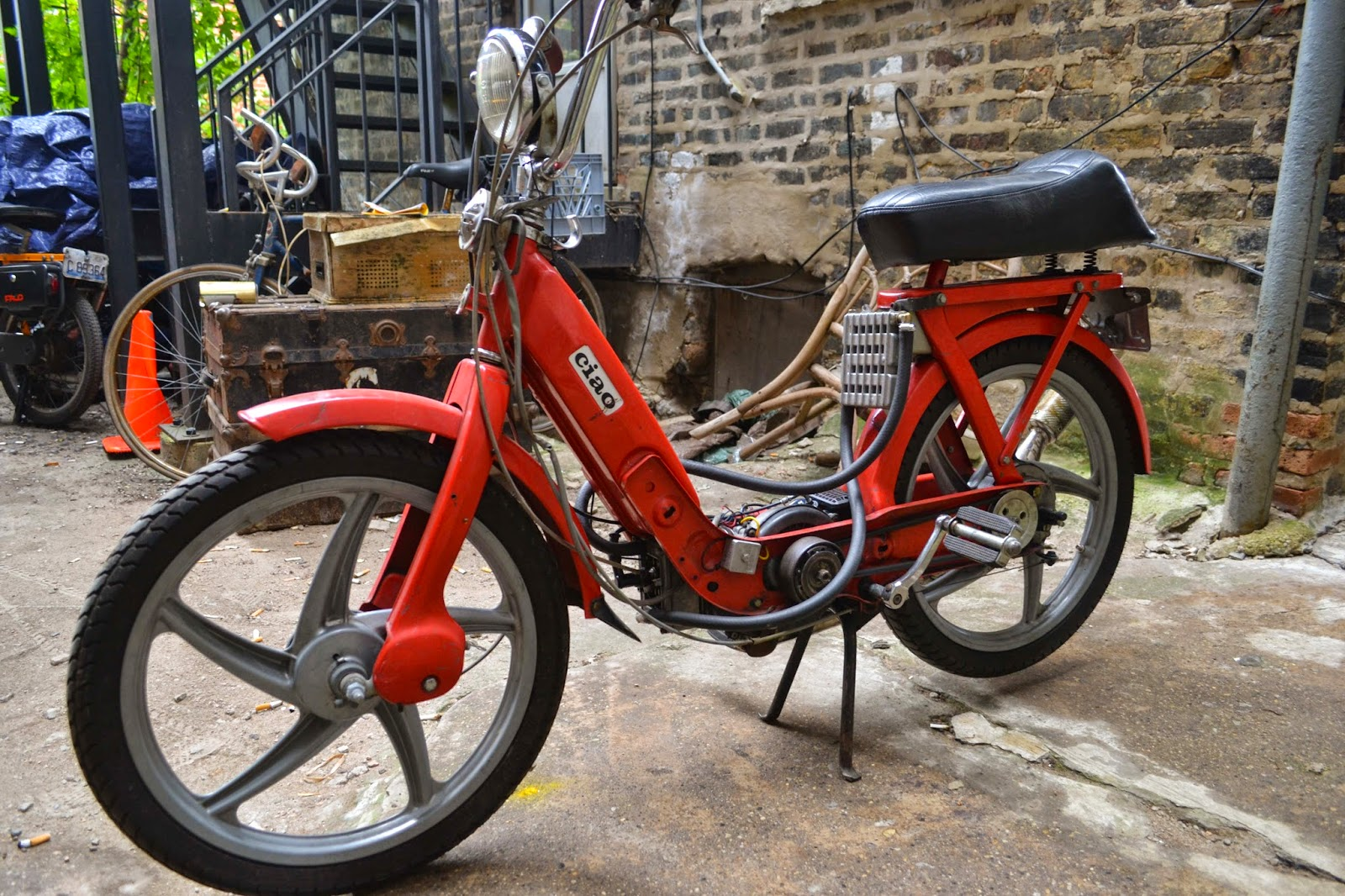 Home Alone with Mopeds : Experimenting with my water-cooled