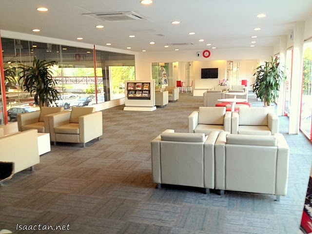 The really comfortable, air conditioned lounge to wait while your car is being serviced