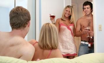 Swinger μίλησε για το πάρτι ανταλλαγής συντρόφων στην Κρήτη! (vid)
