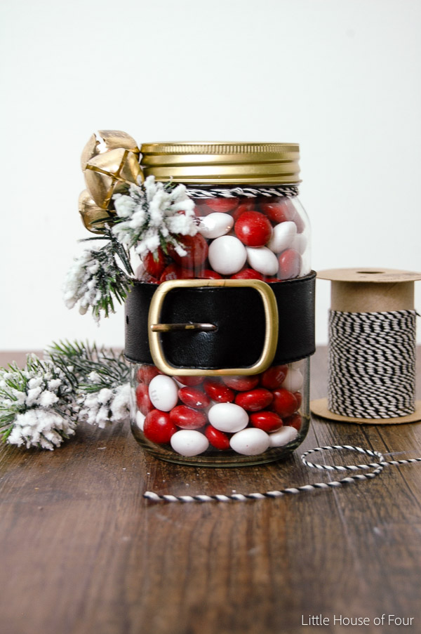 How to make an adorable Santa belt candy jar