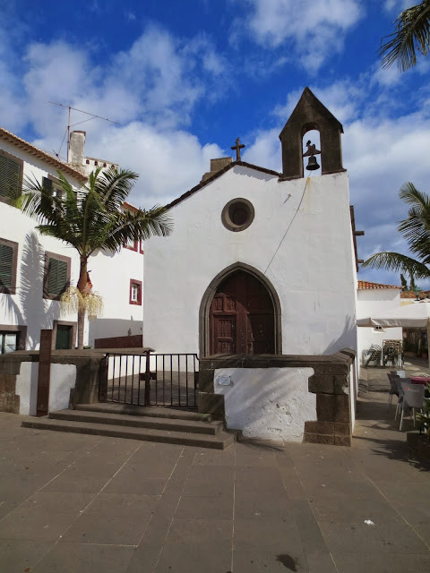 Corpo Santo chapel in old town