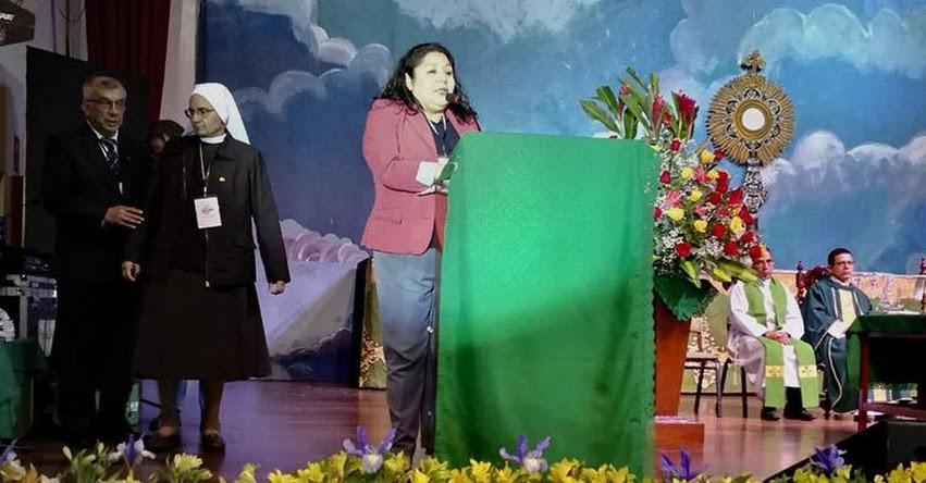 El maestro debe tener espacios de innovación para formar al peruano que todos queremos, sostiene Killa Miranda, directora DRELM - www.drelm.gob.pe
