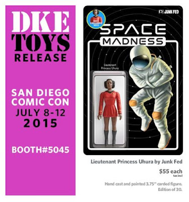 "San Diego Comic-Con 2015 Exclusive ""Lieutenant Princess Uhura"" Bootleg Star Trek x Star Wars Resin Figure by Junk Fed"