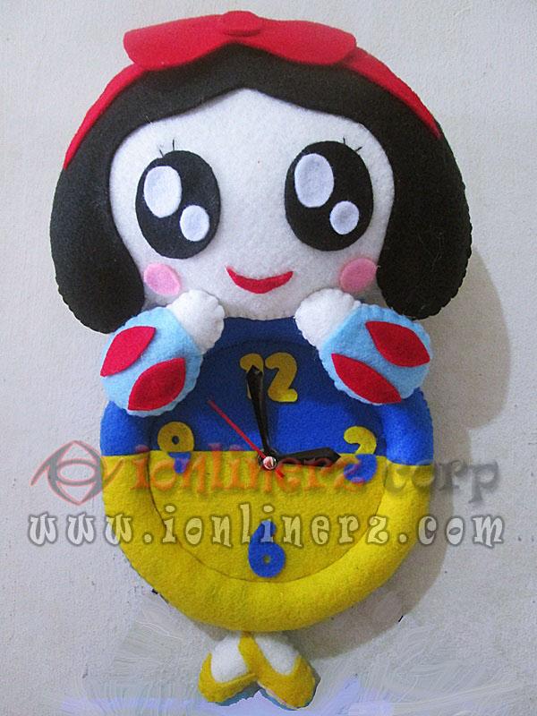 Jam Dinding Flanel Karakter Kartun Boneka Snow White