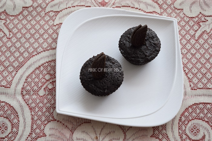 Microwave Oreo Brownie Recipe | Eggless Cookie Brownie- Magic of Indian Rasoi - Priya R