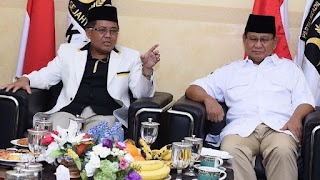 PKS mengajukan ke-9 kadernya, yakni Gubernur Jawa Barat Ahmad Heryawan (Aher), Wakil Ketua MPR Hidayat Nur Wahid, mantan Presiden PKS Anis Matta, Gubernur Sumatera Barat Irwan Prayitno, Presiden PKS saat ini Sohibul Iman, Ketua Majelis Syuro PKS Salim Segaf Al Jufri, mantan Menkominfo Tifatul Sembiring, Muzzamil Yusuf, dan Mardani Ali Sera.