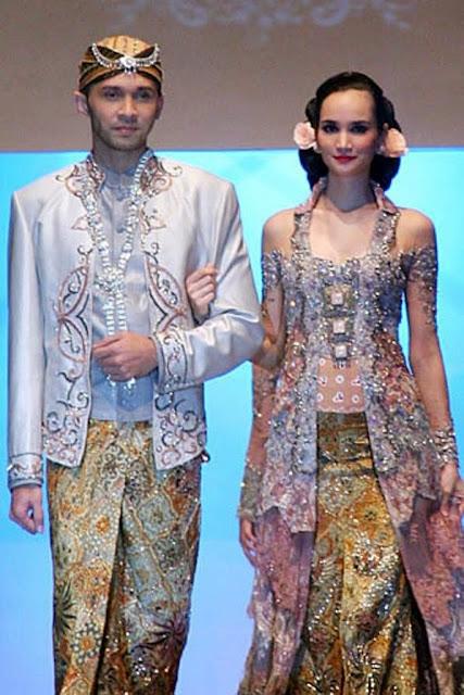 baju pengantin tradisional
