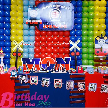 trang trí bàn ảnh sinh nhật ở biên hòa