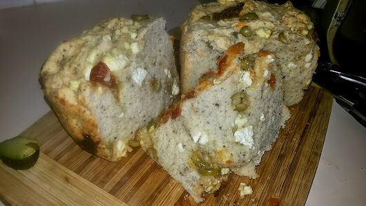 Guest post: Elena's Extreme Olive, Sun-dried Tomato and Feta Bread