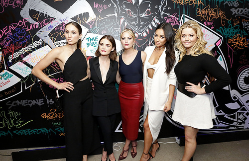 PLL Lucy Hale, Ashley Benson, Sasha Pieterse, Troian Bellisario and Shay Mitchell at Freeform 2016 Upfront