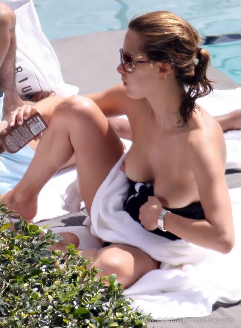 melissa theuriau beach nude