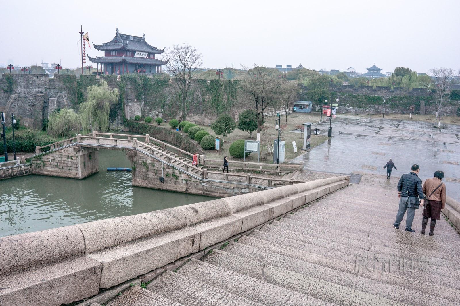 蘇州古城│「盤門三景」水陸城門、吳門橋、瑞光塔-京杭大運河景點