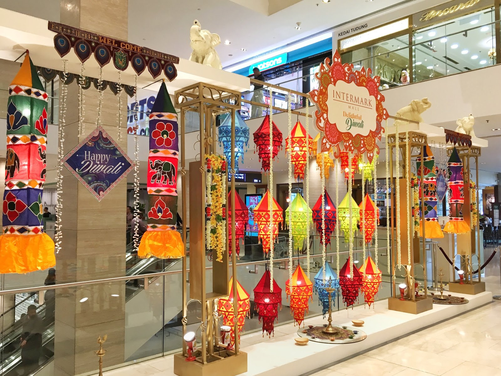 The Beauty Junkie Ranechin Com Pavilion Reit Malls Light Up In Style This Deepavali