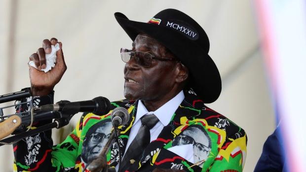 Robert Mugabe expulso da liderança do ZANU-PF