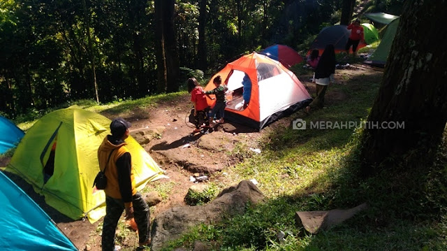 Camping Ground Air Terjun Dlundung Mojokerto