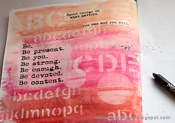 Layers of ink - Ombre Art Journal Page Tutorial by Anna-Karin with Dina Wakley / Ranger products