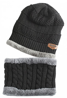 https://www.zaful.com/label-and-striped-pattern-decoration-knitted-beanie-and-scarf-p_469082.html?lkid=12465945