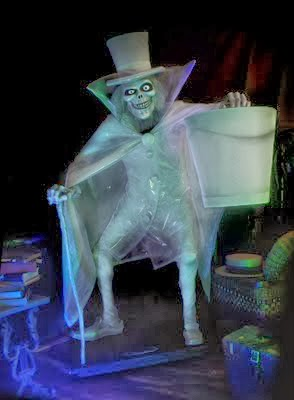 The infamous Hatbox Ghost! & Dan-O Florez: Disneyu0027s The Haunted Mansion