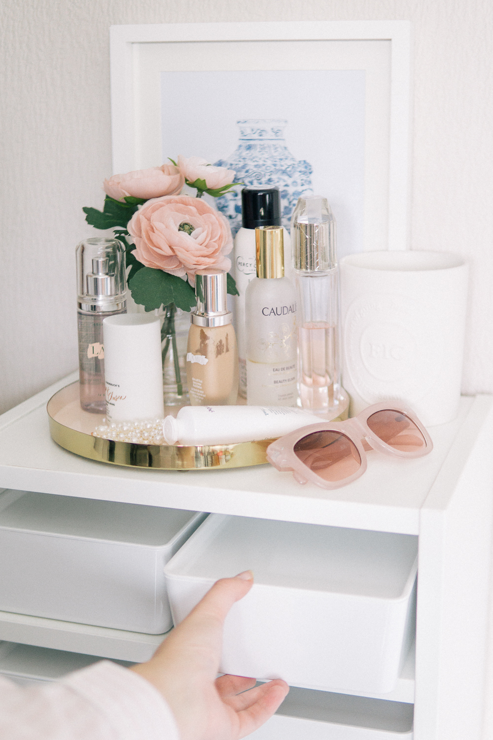 Affordable-makeup-storage-tips-Barely-There-Beauty-blog