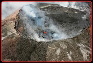 Kilauca,Volcano,Hawaii,Nature,SO2 gas.