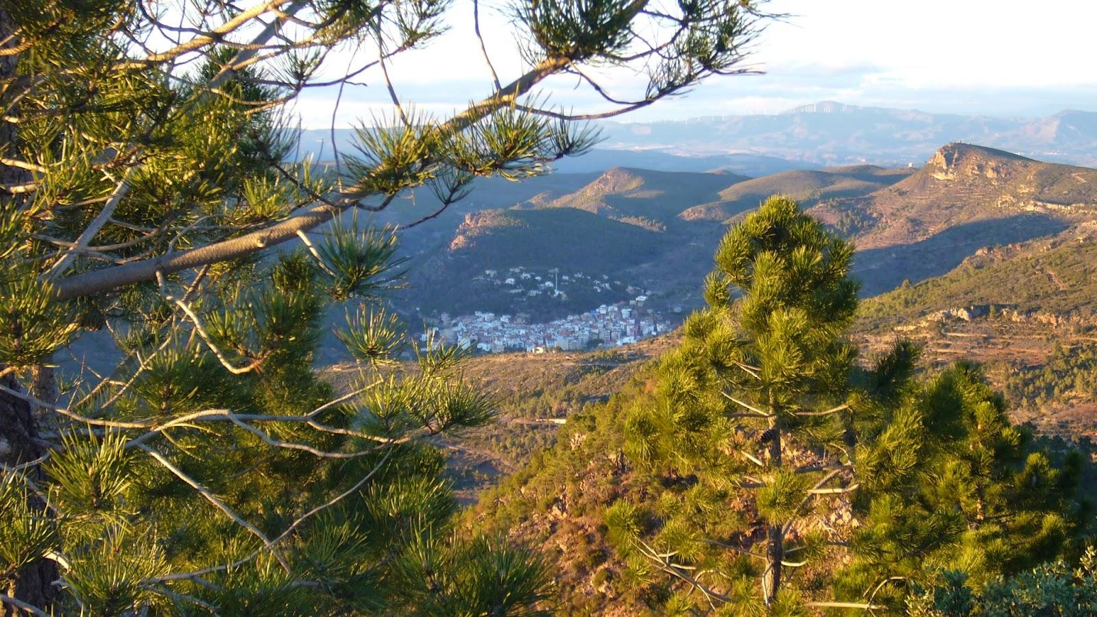 Gátova y Pico del Águila desde el Gorgo.
