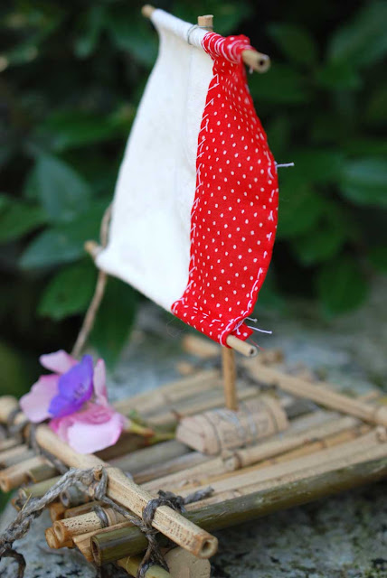 petit radeau enfant en bambou