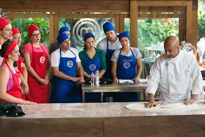 Cozinheiros terão de reproduzir uma das receitas mais tradicionais do mundo - Divulgação/Band
