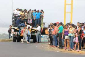 Camiones 350 y perreras, los vehículos salvadores de los venezolanos