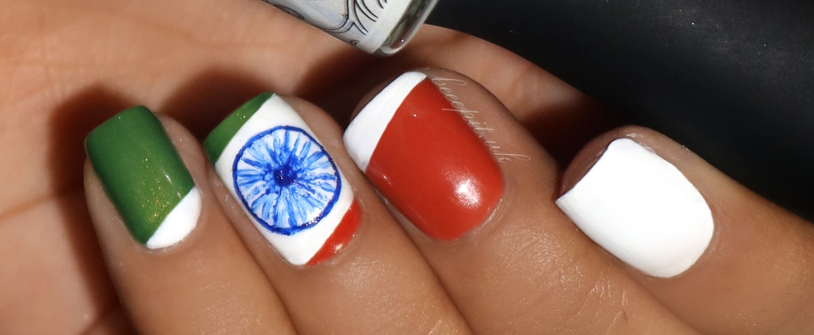 Nail Art Celebrate Republic Day In Tricolor Style