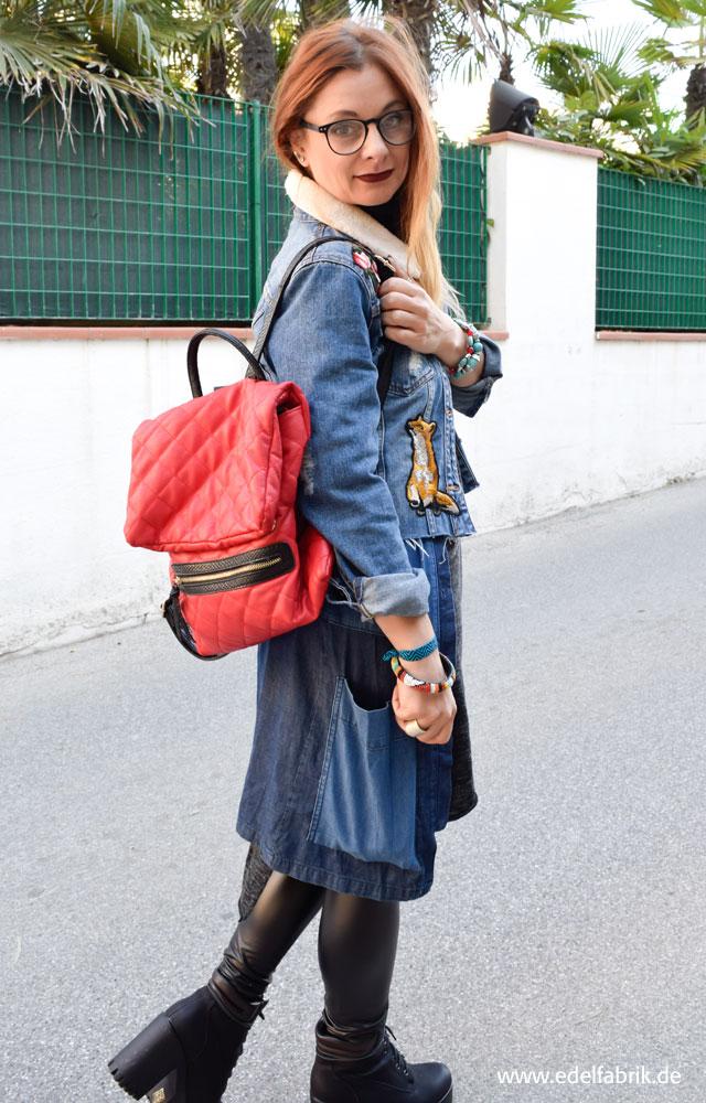 die Edelfabrik, Lagenlook mit Jeanskleid von C&A, Jeansjacke mit Patches