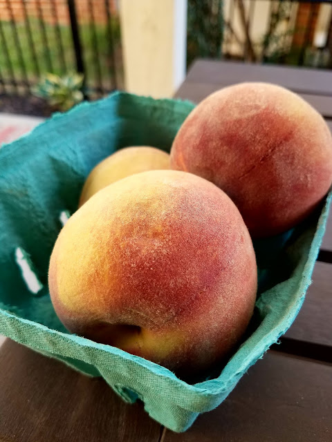 fresh  north carolina peaches, perfect for a BBQ pulled chicken slider salsa