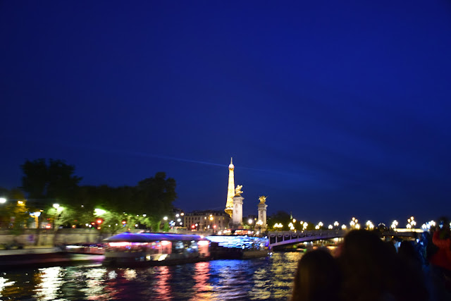 Views from Seine river cruise | Best of Paris in evening, an evening in Paris#Paris #Travel