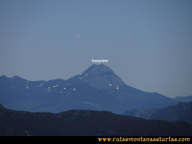 Ruta Les Rapaines, Lago Ubales, Cascayón: Vista del Espigüete desde Les Rapaínes